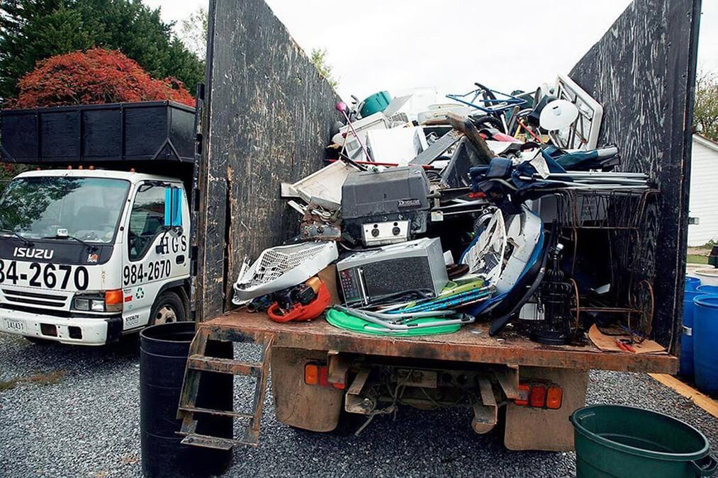 Junk Hauling-Albuquerque Dumpster Rental & Junk Removal Services-We Offer Residential and Commercial Dumpster Removal Services, Portable Toilet Services, Dumpster Rentals, Bulk Trash, Demolition Removal, Junk Hauling, Rubbish Removal, Waste Containers, Debris Removal, 20 & 30 Yard Container Rentals, and much more!